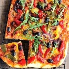Pizza sans gluten & veggie aux poivrons